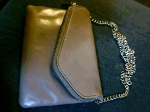 Hobo Daria Leather Crossbody Clutch
