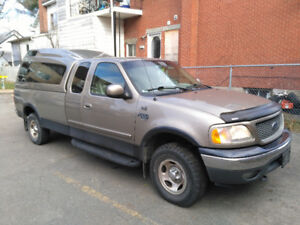 2001 Ford F-150 XL Camionnette
