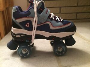 Size 9.5 woman's Britney Spears Skechers roller skates Kitchener / Waterloo Kitchener Area image 4