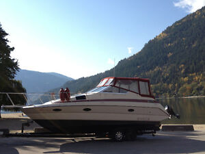 28ft MAXUM Cabin Cruiser