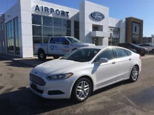 Ford Fusion SE FWD with only 74,305 kms 2014
