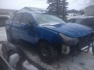 PARTING OUT: 2010 Ford Focus SES 4 Dr sedan London Ontario image 2