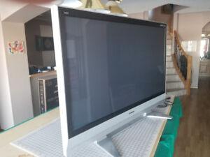 "Panasonic Plasma 58"" TV and Sony 4k DVD player FOR SALE"