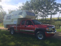 1982 GoldenFlyte Truck Camper - Great for Hunting or Camping