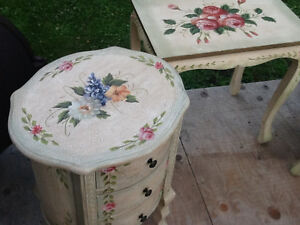 Set of 4 nesting tables  & accent round tower with DRAWERS REDUC Kingston Kingston Area image 5