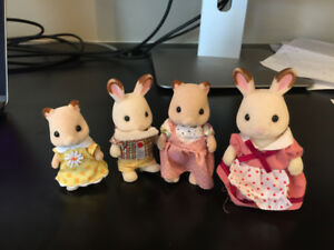 Calico Critters Family