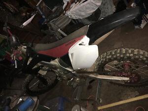 05 Honda crf 250