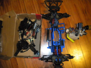 Traxxas Revo 3.3 pieces moteur chassis for parts only teleguide