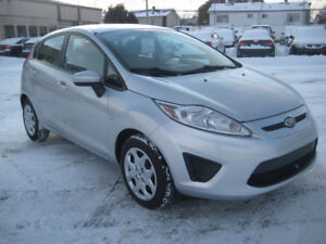 Ford Fiesta 2012 Manuelle 4 Cylindres Economique 3495$