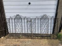 Iron gate gates