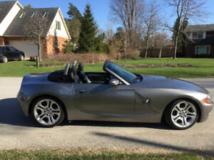 2003 BMW Z4 6-SPD Roadster 3.0L with Sport Package