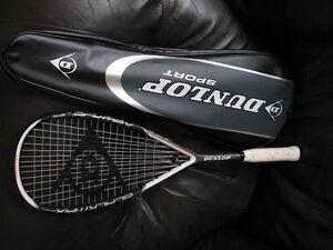 Squash Racquet Dunlop BlackMax Titanium + cover  and a ball