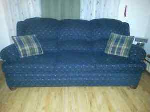Beautiful country harvest style couch