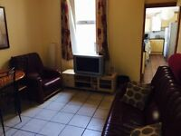 ROOM FOR RENT ON TATES AVE OFF THE LISBURN ROAD