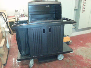 Commercial Rubbermaid Cleaning Cart,