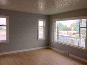 RENOVATED SUITE IN HIGHLAND PARK