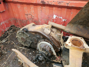 W250 Dodge NP205 Transfer Case and 4 Speed Transmission