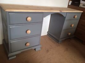 Scrubbed top pine dressing table