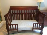 2 in 1 Convertible Cot and dresser set