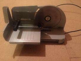 Electric food slicer (great condition)