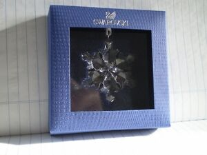 "Swarovski Crystal Figurine-"" Little Snowflake Ornament "" #9400NR Kitchener / Waterloo Kitchener Area image 1"