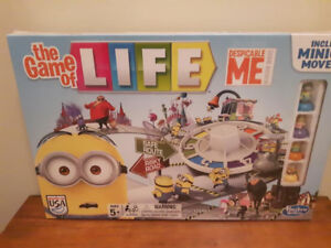 DESPICABLE ME MINION MADE GAME OF LIFE NEW SEALED MINT