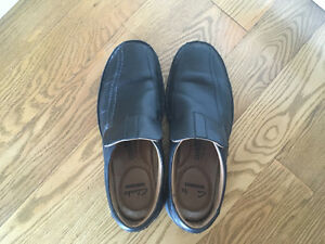 Clark's Black Dress Shoe, size 7