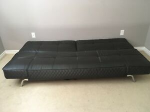 Black leather 3 in 1 couch
