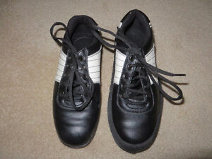 Olson Curling Shoes with Gripper (Ladies size 6)