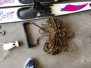 Pair of O'Brien Combo Water skis ski with tow rope and swivel