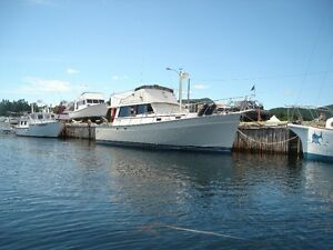 SPRING SALE 1981 MAINSHIP 34 ft TRAWER