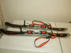 Adult and Junior Snowblades Salomon Skis 90cm