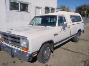 1986 Dodge D150 Slant 6 Automatic(New)