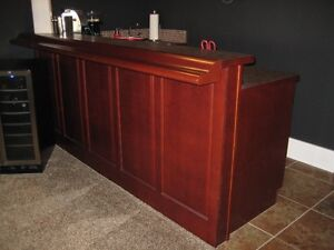 EIGHT FOOT STOOL BAR C/W SINK AND TAP
