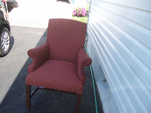 Good used furniture for Sale. Call 386-1987