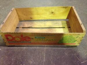 DOLE  Grape Crate wood box fruit vintage $10