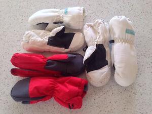 Mittens for a boy or girl, size 9-24 months Gatineau Ottawa / Gatineau Area image 1