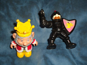 King and Knight Medieval set of 2!~Lot Kingston Kingston Area image 2