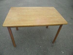 GOOD USED SOLID FARMER'S STYLE KITCHEN TABLE. [FIRM]