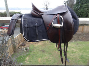 Schleese Signature Series Saddle & other tack