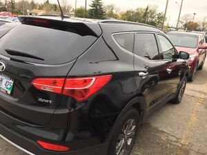 2014 Santa Fe in brand new condition