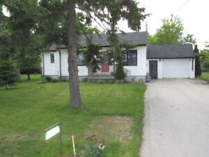 Beautiful Acton home with Garage and workshop!