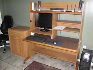 Computer Desk/Hutch with Printer Stand