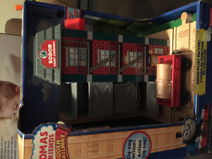 New! Thomas and friends Sodor Paint Factory