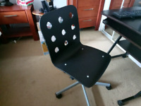 Used Office Chair (Good condition)