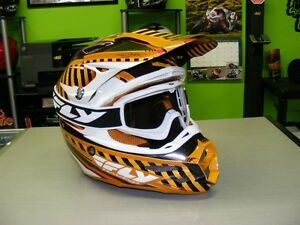 Fly Racing F2 Carbon Helmet - Small - FREE Goggles at RE-GEAR Kingston Kingston Area image 1