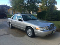 2006 Ford Crown Victoria LS **109000 Km and private sale**