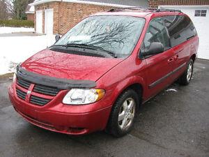 2007 Dodge Grand Caravan,CLOTH SEATS $3000 price is firm