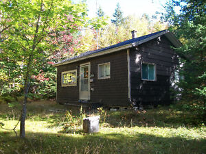 ***PRICE REDUCED***2 BEDROOM WELL LOOKED AFTER CAMP FOR SALE