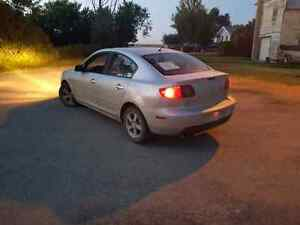 05 Mazda 3, loaded, great on fuel, drives great